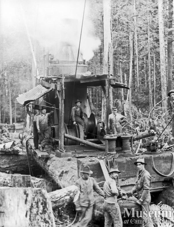 Steam donkey and crew logging near Elk Bay
