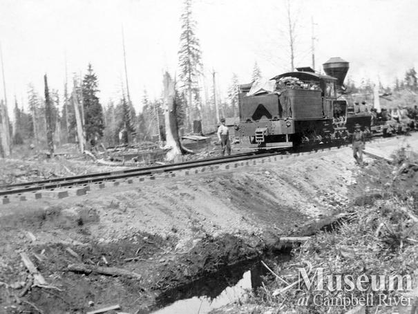 Elk River Timber Co. locomotive near Campbell River