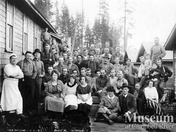 Logging crew and families at Elk Bay