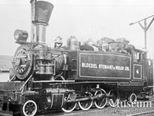 Bloedel, Stewart and Welch's 4 spot locomotive in Menzie's Bay