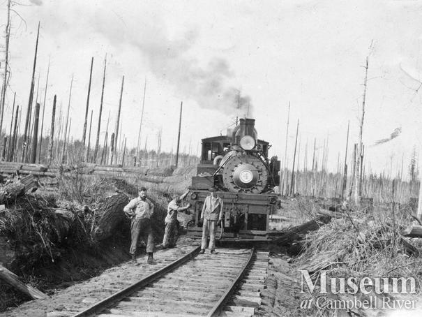 International Timber's 4 spot locomotive with load of logs