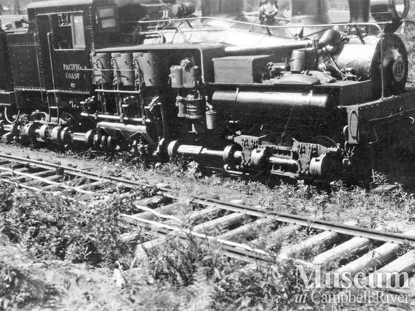 Bloedel, Stewart & Welch Co. locomotive near Campbell River