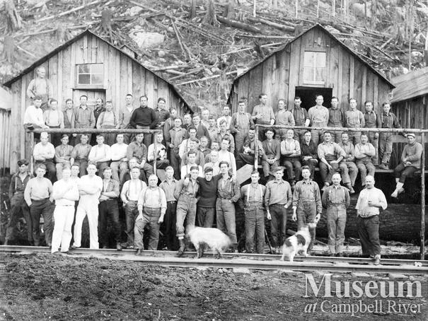 P.B. Anderson Logging Co. crew