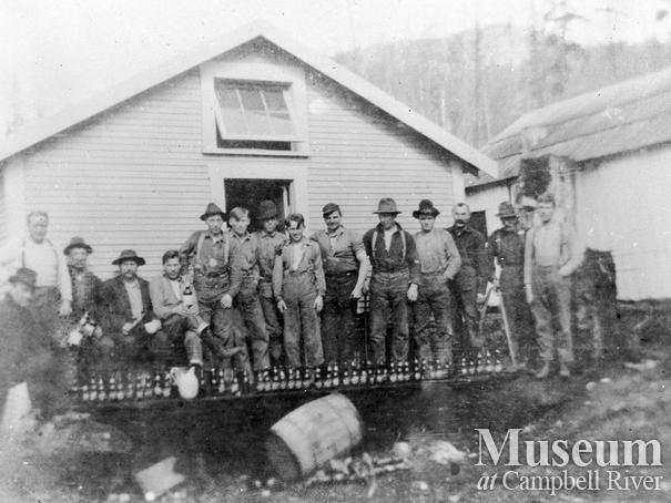 Bendickson Logging crew at Hardwicke Island