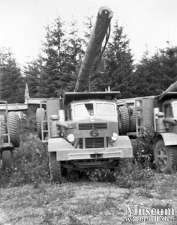 An Elk River Timber Co. Mack truck