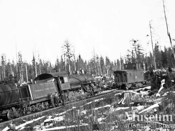 Elk River Timber Co. 5 Spot locomotive derailed