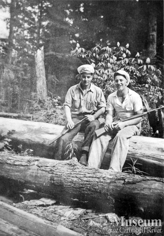 Loggers from Byles and Groves logging
