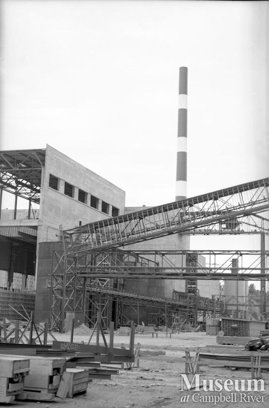 Constructing the Elk Falls Mill