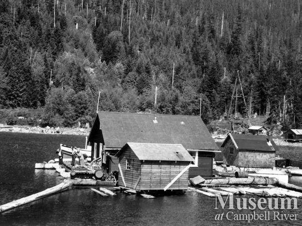 Percy Belson's float camp near Dent Island