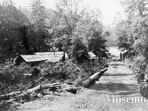 Logging camp buildings near little Bear River