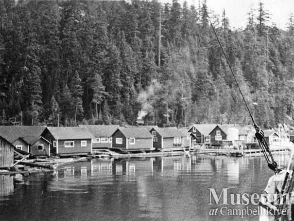 Oscar Soderman's Lumber float camp