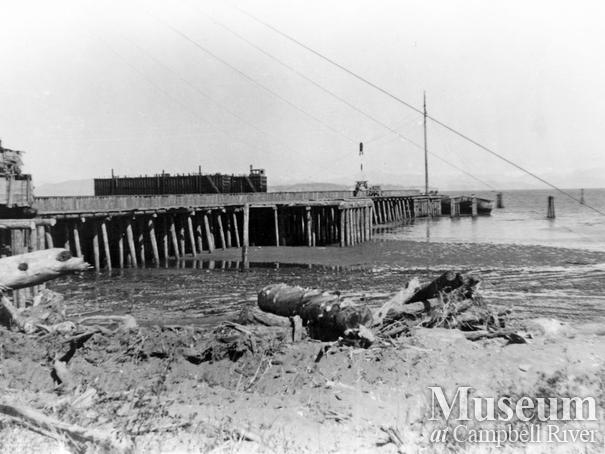 View of wharf at Oyster Bay