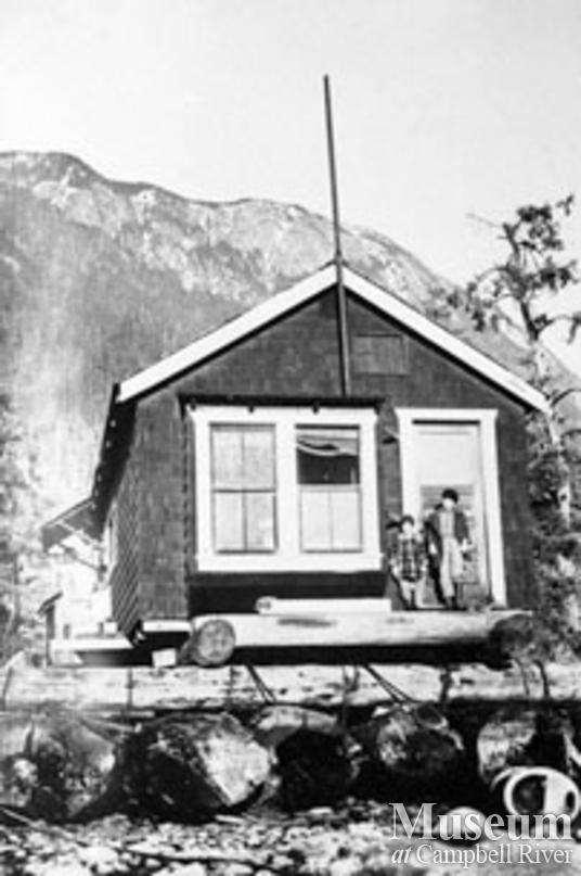 Thompson family floathouse at Elk Bay