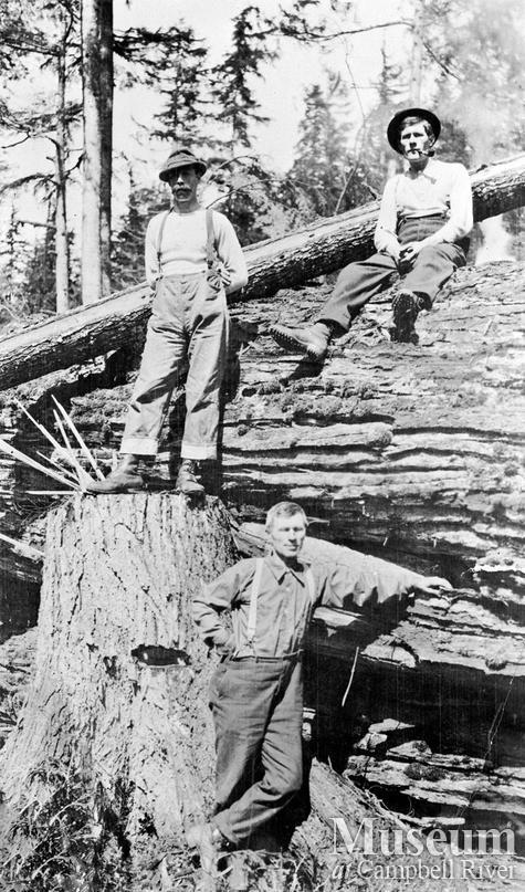 Bendickson Logging crew members