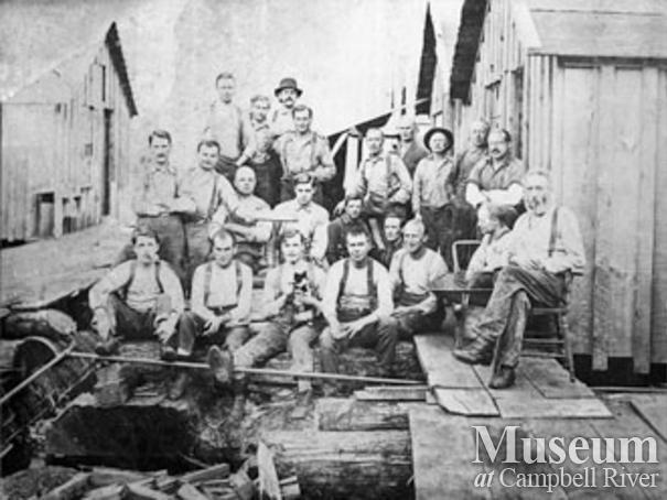 Hastings Co. camp crew at Roberts Lake