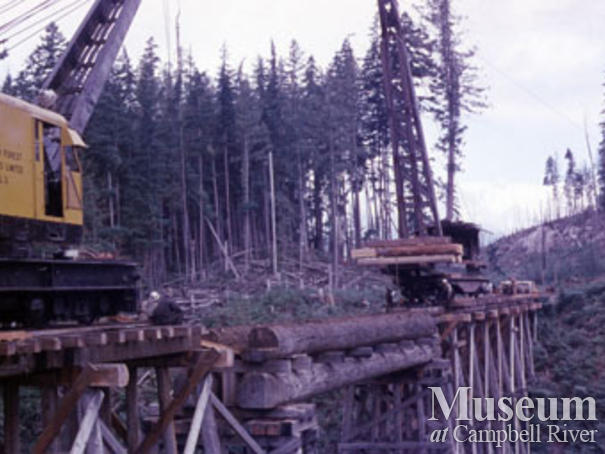 Building Canadian Forest Products trestle