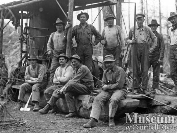 P.B. Anderson's crew at Knox Bay