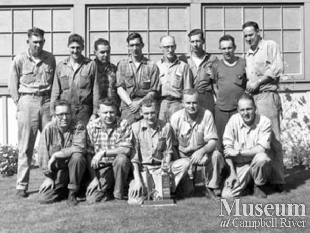 Softball team from Elk Falls Mill, 1961