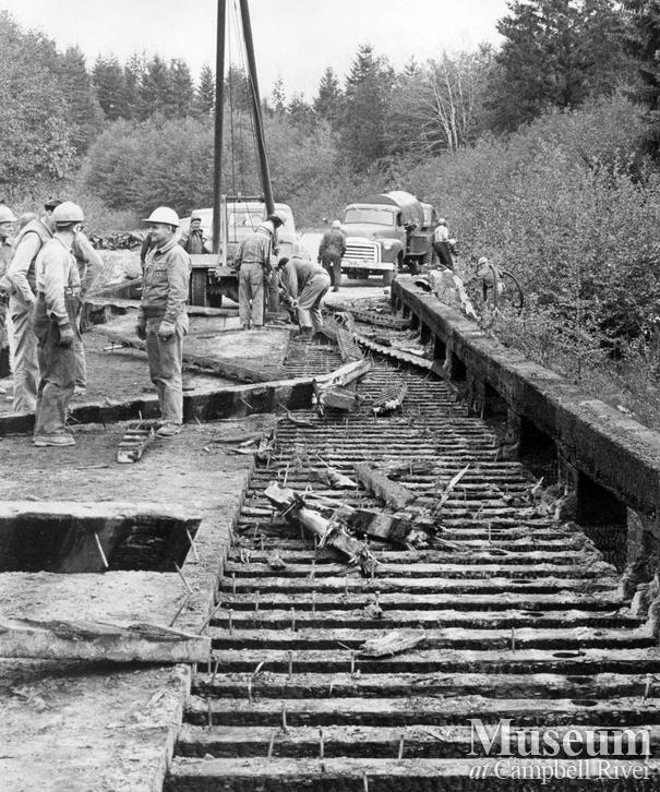 Demolishing old ERT logging bridge
